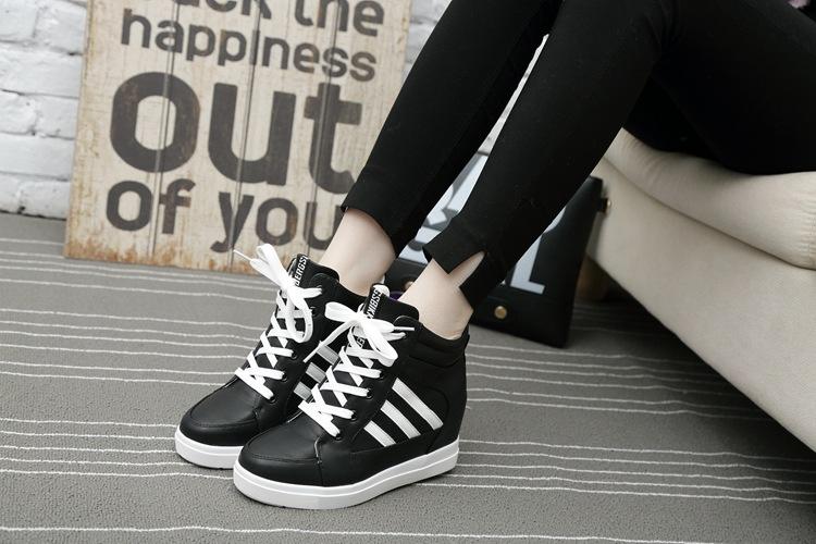 Giày Sneaker nữ SN04