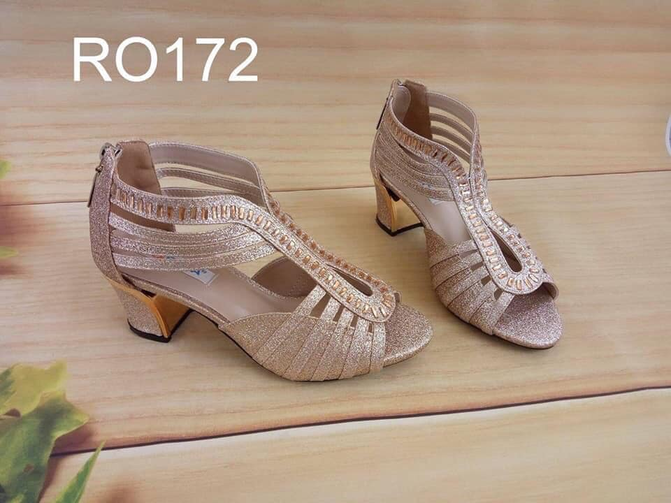 Giày xăng đan nữ RO172