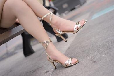 Những mẫu giày dự tiệc các nàng nên có