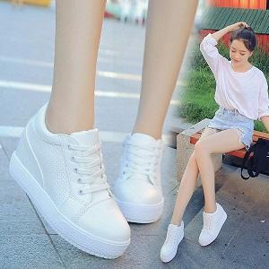 Top 8 xu hướng giày nữ cực hot hiện nay